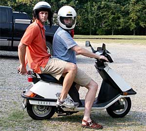 moped 001
